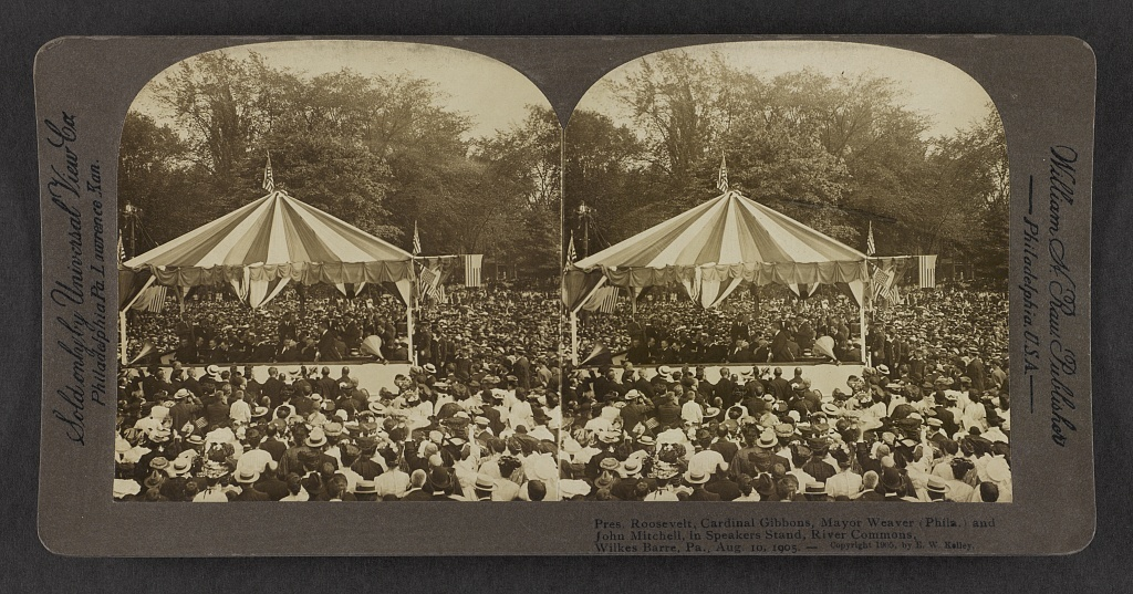 Pres. Roosevelt Cardinal Gibbons, Mayor Weaver (Phila.) and John Mitchell, in speakers stand, River Commons, Wilkes-Barre, Pa., Aug. 10, 1905.