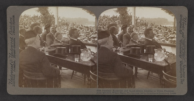 President Roosevelt and 80,000 miners listening to Union President John Mitchell, Wilkes-Barre, Pa.