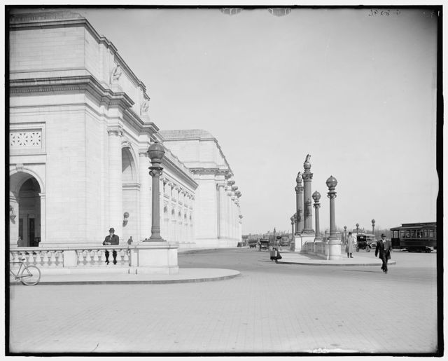 [South facade, Union Station, Washington, D.C.]