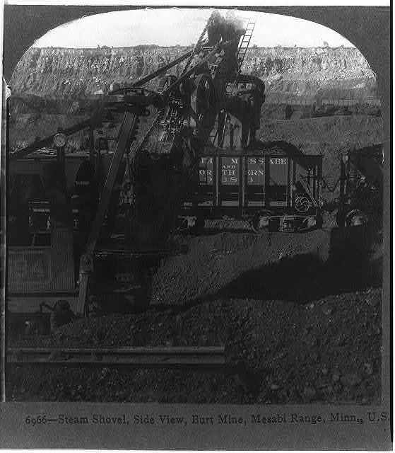 Steam shovel, side view, Burt mine, Mesabi Range, Minn., U.S.A.