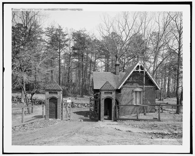 The Lodge gate, Monticello, Charlottesville, Va.