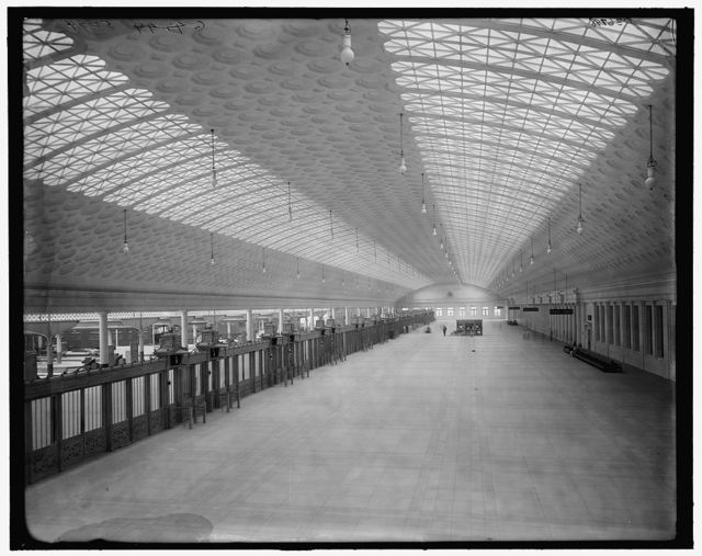 [Train concourse, Union Station, Washington, D.C.]