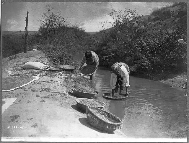 Washing wheat--San Juan