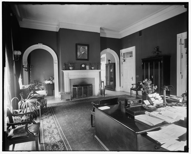 White House Office Int.: Secty Office