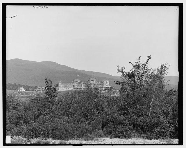 [A Glimpse of the Mount Washington Hotel, White Mountains, N.H.]