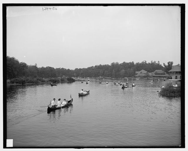 [Canoeing on the Charles River, Charles River Reservation, Mass.]
