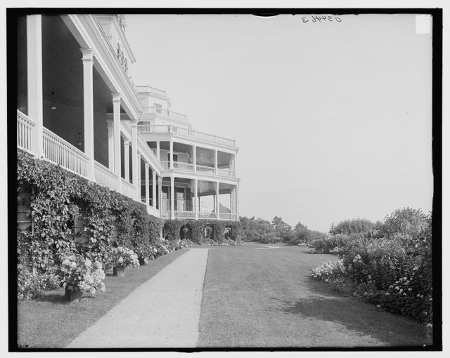 [East front and flower beds, Hotel Champlain, N.Y.]