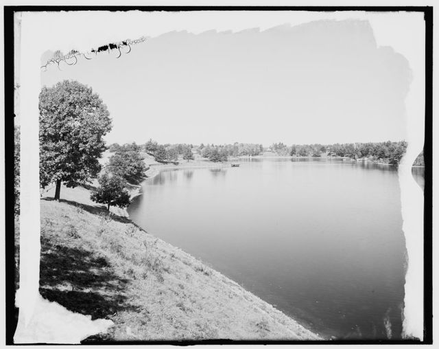 [Lake Quinsigamond from lake park, Worcester, Mass.]