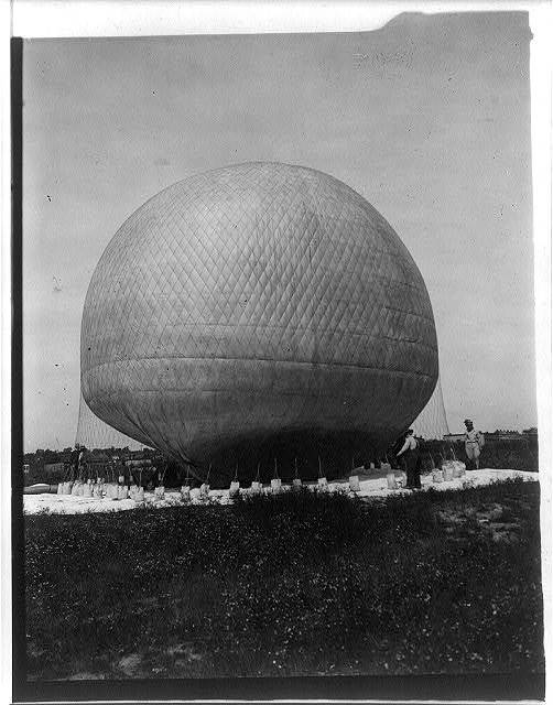 Balloon, at Ft. Myer, Va., during Signal Corps operations, 1907