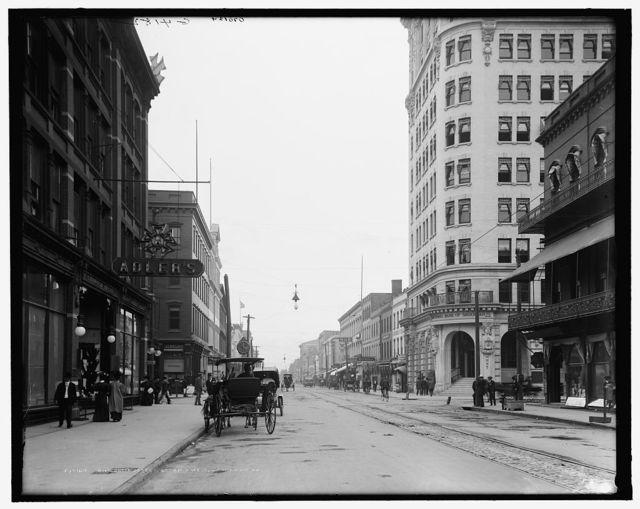Broughton Street, looking west, Savannah, Ga.