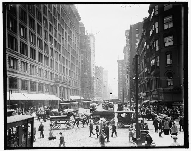 [Chicago, Ill., State St. & Marshall Fields]