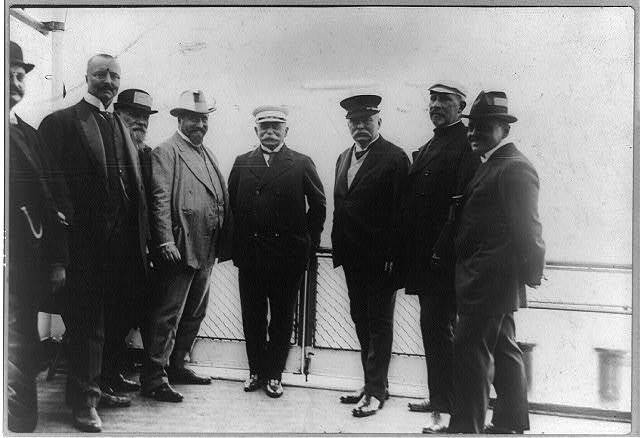 Count Zeppelin - in Viktoria Louise; with his assistants and present minister