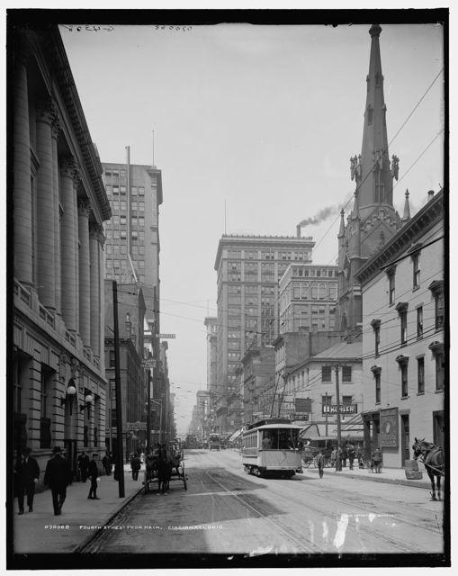 Fourth St. [Street], west from Main [Street], Cincinnati, Ohio