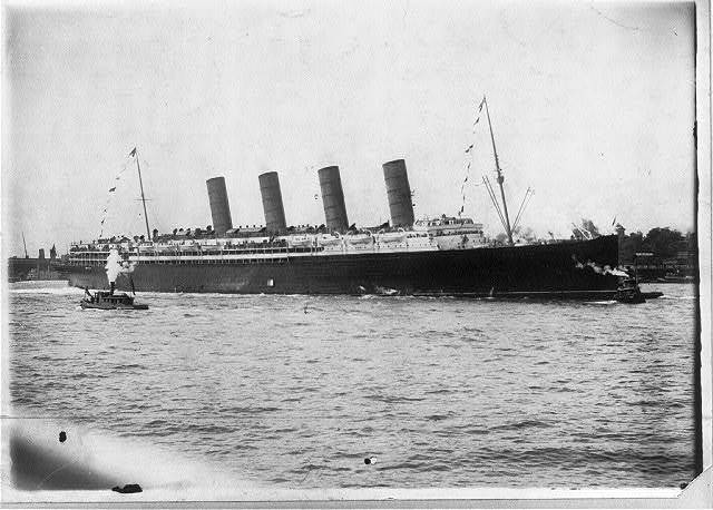 [LUSITANIA, 1907-1914, New York City: arriving in NYC, maiden voyage, 13 Sept. 1907]