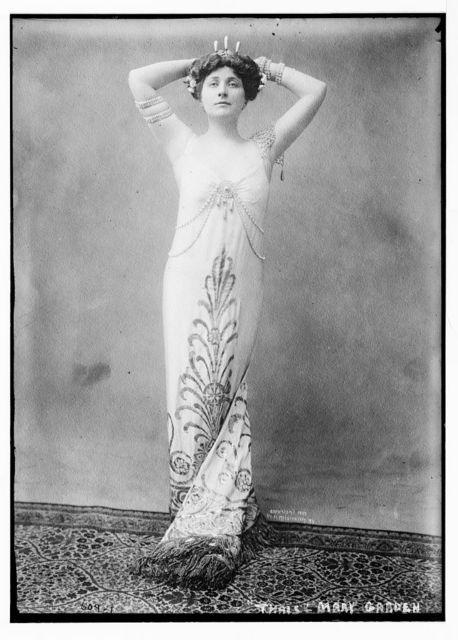 "Mary Garden as ""Thais"", H.. Mishkin, N.Y. / H. Mishkin"