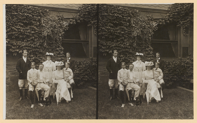 [President Theodore Roosevelt, Edith Kermit Roosevelt and children, posed outdoors]