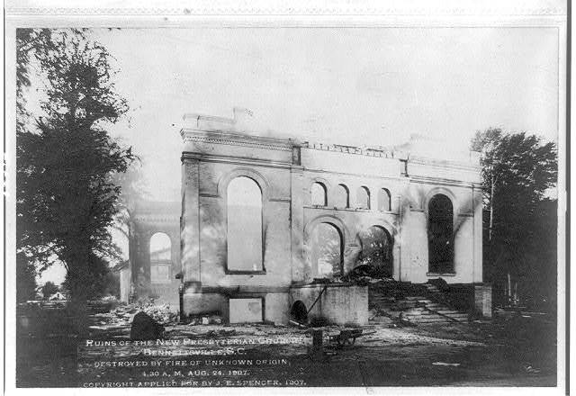 Ruins of the New Presbyterian Church, Bennettsville, S.C., destroyed by fire of unknown origin, 4:30 a.m., Aug. 24, 1907