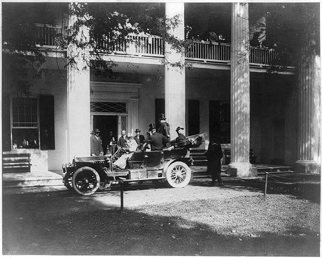 Theodore Roosevelt's arrival at the Hermitage at Nashville, Tenn. / H.O. Fuller, view and commercial photographer, Nashville, Tenn.