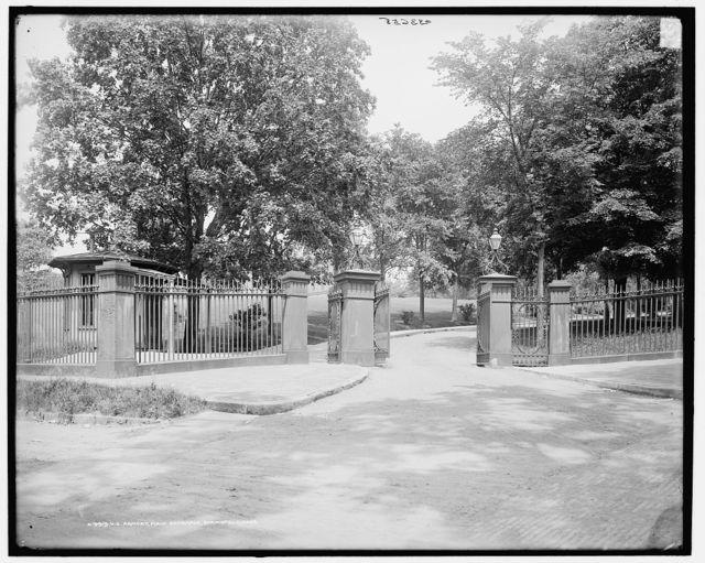U.S. Armory, main entrance, Springfield, Mass.