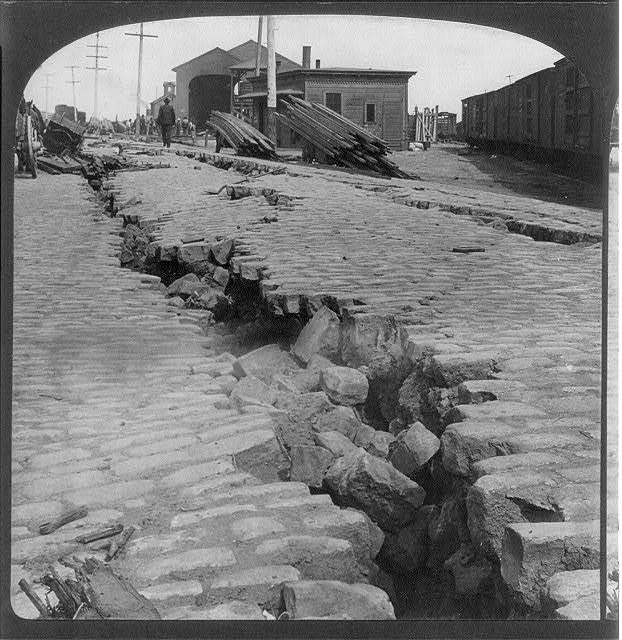 Where the earth sunk and cracked - on the waterfront, San Francisco Disaster, Calif.