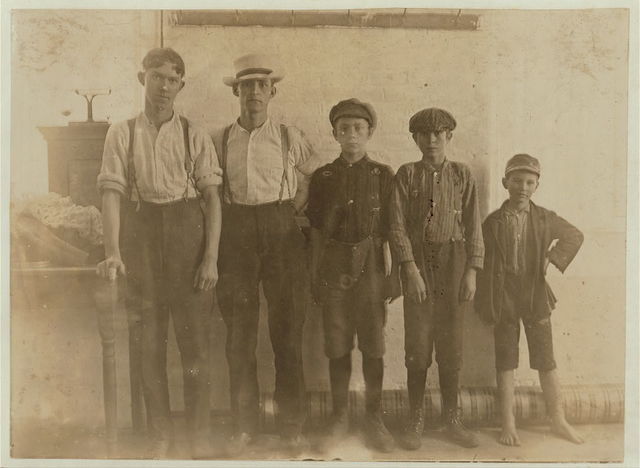 All ages are employed in Lancaster Cotton Mills, S.C.  Location: Lancaster, South Carolina.