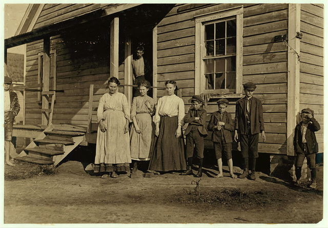 Carolina cotton mill worker and his family all are working.  Location: South Carolina.