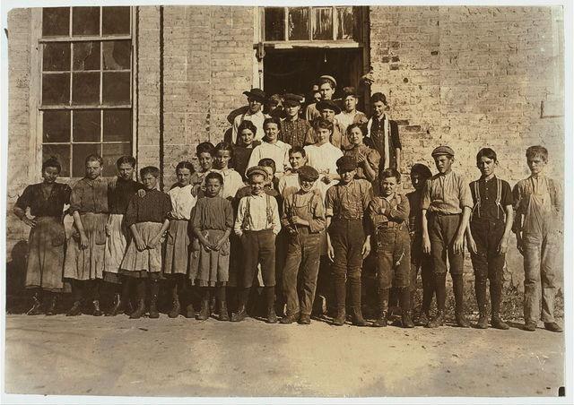Cherryville Mfg. Co., Cherryville, N.C. A few of the workers.  Location: Cherryville, North Carolina.
