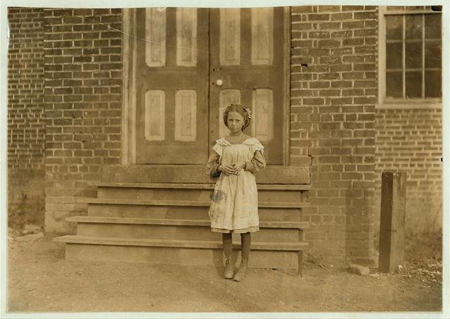 Closing Hour, 3 p.m. Trenton Mills, Gastonia, N.C. Zoe Lanier. Help sister in mill.  Location: Gastonia, North Carolina.