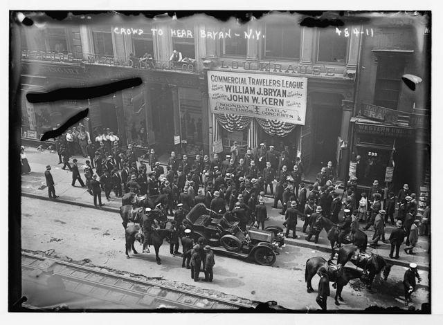 Crowd to hear W.J. Bryan, N.Y. [Commercial Travelers League]