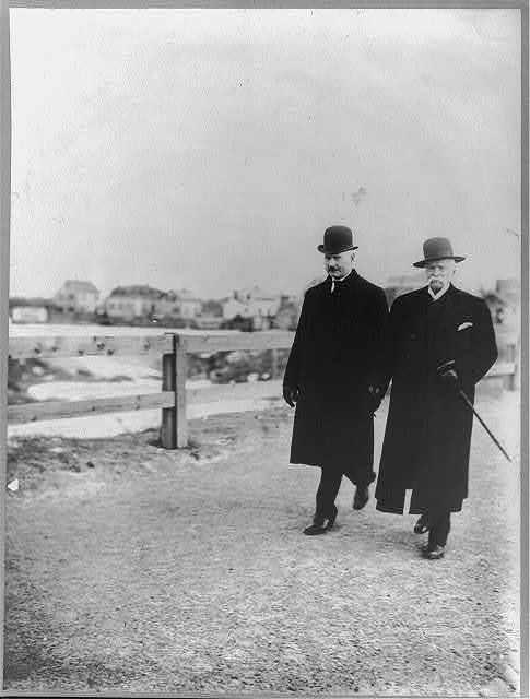 [Edward Payson Weston and Humphrey O'Sullivan walking, full lgth., outdoors]