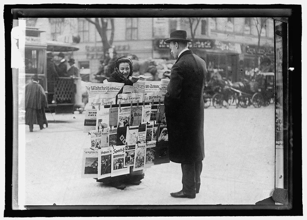 Germany. Women newspaper dealers, Berlin