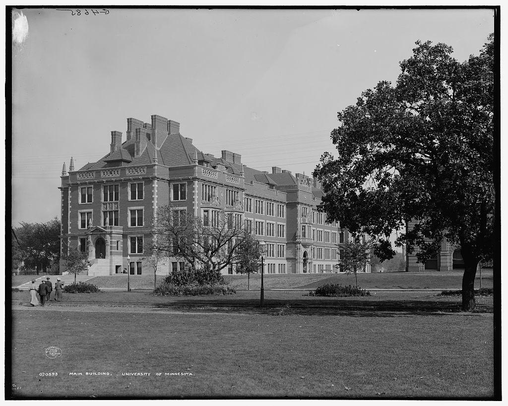 Main building [Folwell Hall], University of Minnesota