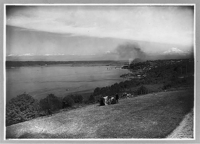 Mt. Tacoma and Tacoma Harbor