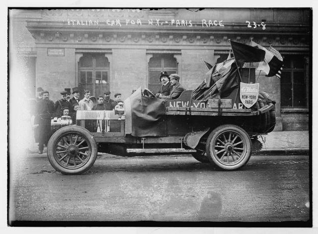 New York - Paris race: Italian car, New York