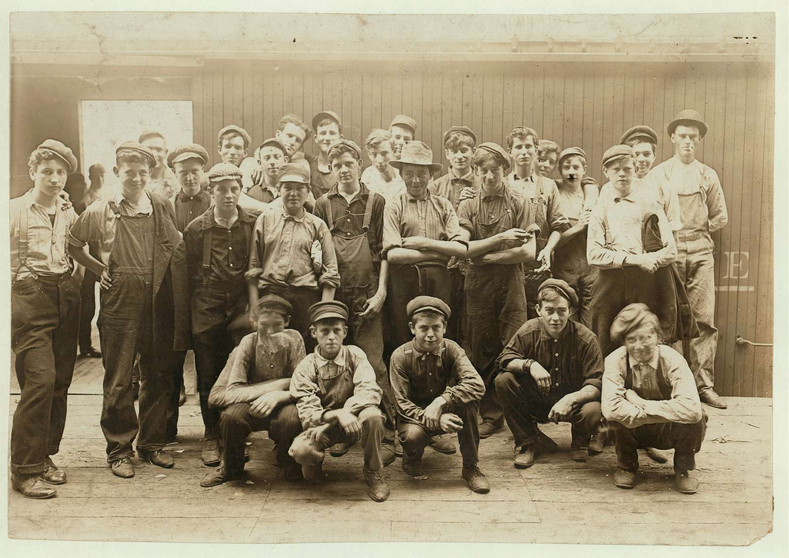 Noon Hour in an Indianapolis Cannery. Aug. 1908. Location: Indianapolis, Indiana