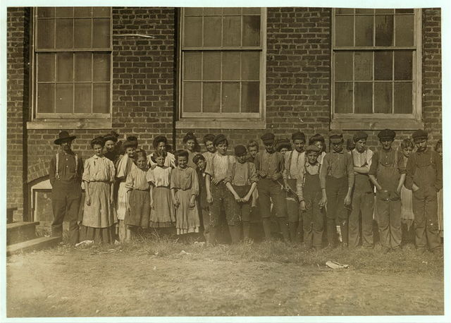 Noon hour, Ivey mill, hickory, N.C. Location: Hickory, North Carolina. / Photo by [...]