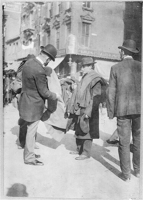Peddlers - coats, Hester St.