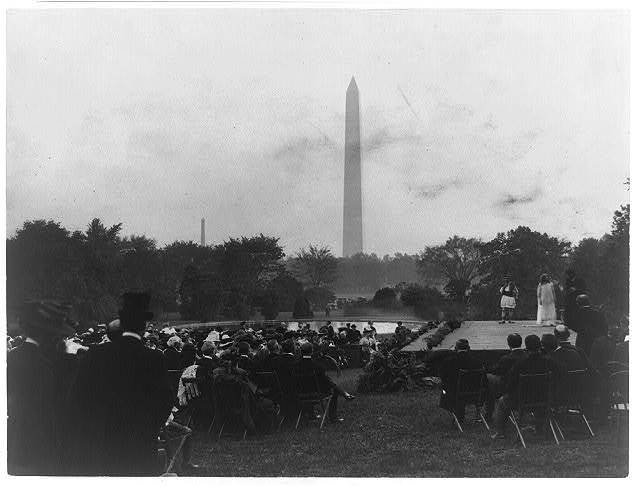 Sylvan plays on White House grounds with President and government officials in attendance