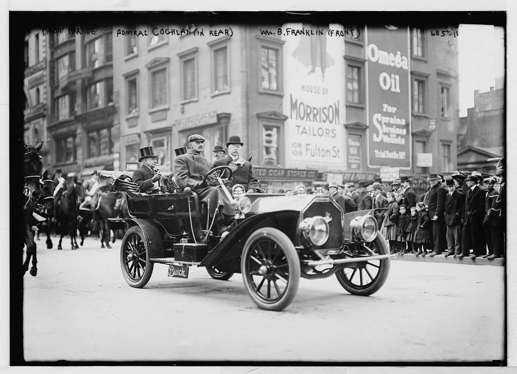 Taft Parade, auto with Admiral Coghlan in rear, Wm. B. Franklin in front, New York