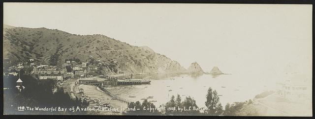 The wonderful Bay of Avalon, Catalina Island / Lester Clement Barton.