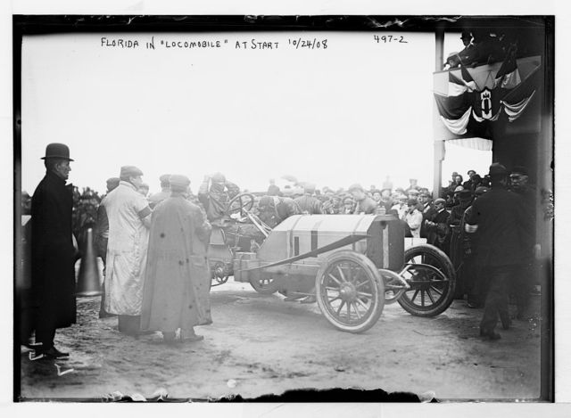 "Vanderbilt Cup Auto Race, Florida in ""Locomobile"" at start, on track"