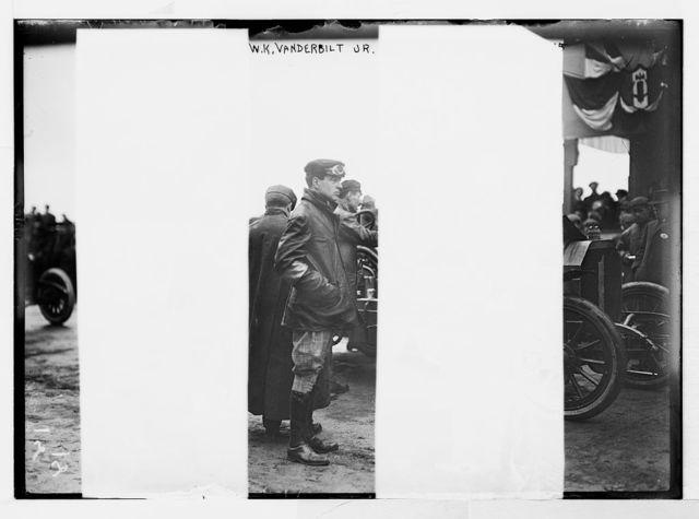 Vanderbilt Cup Auto Race, W.K. Vanderbilt Jr., standing
