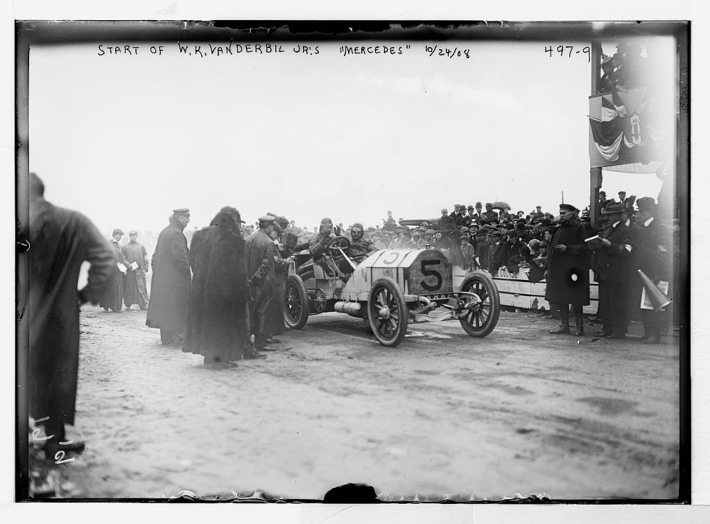 "Vanderbilt Cup Auto Race, W.K. Vanderbilt Jr's ""Mercedes"" before start, on track"