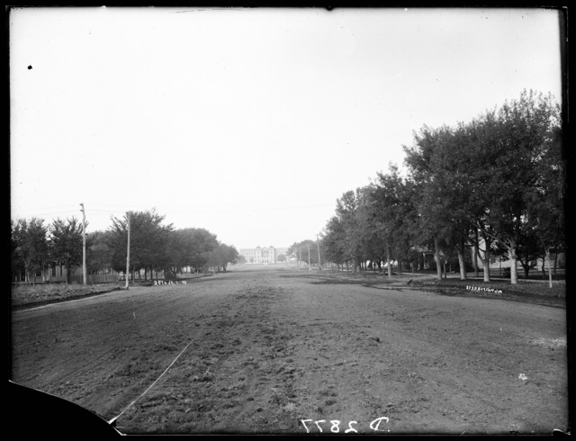 View of 25th Street leading to building on campus at State Normal School, Kearney, Nebraska