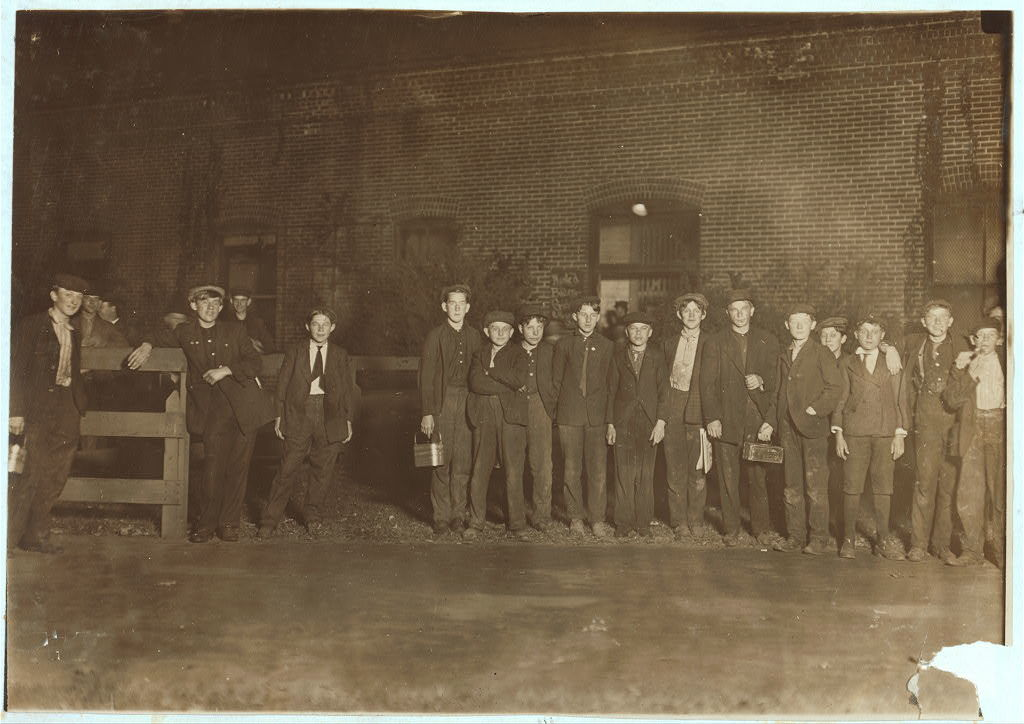 W. B. Corkey Co. Going home 5:30 P.M. Lots of boys here. Girls go out at other entrance. Hammond, Ind.  Location: Hammond, Indiana.