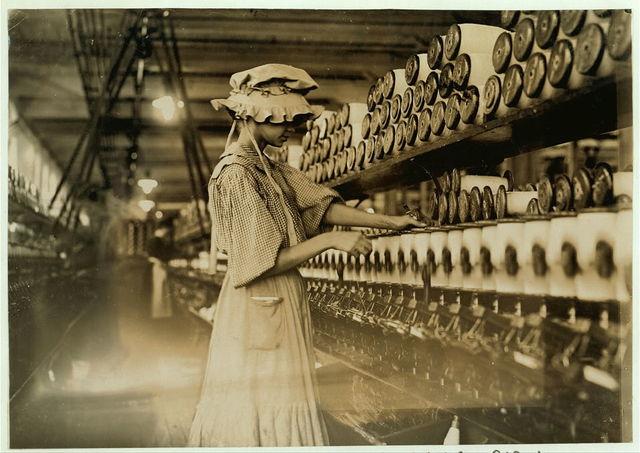 Young women (spooler) Kelser Mfg. Co., Salisbury, N.C.  Location: Salisbury, North Carolina.