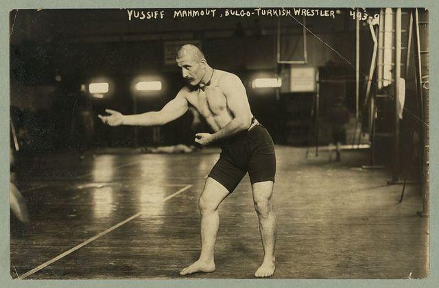 Yussiff Mahmout, Bulgo - Turkish wrestler, will meet Gotch who beat Hachen-Schmidt