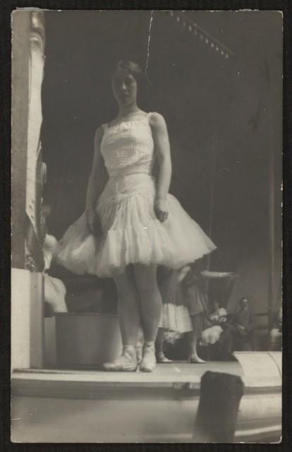 Bronislava Nijinska, 1908