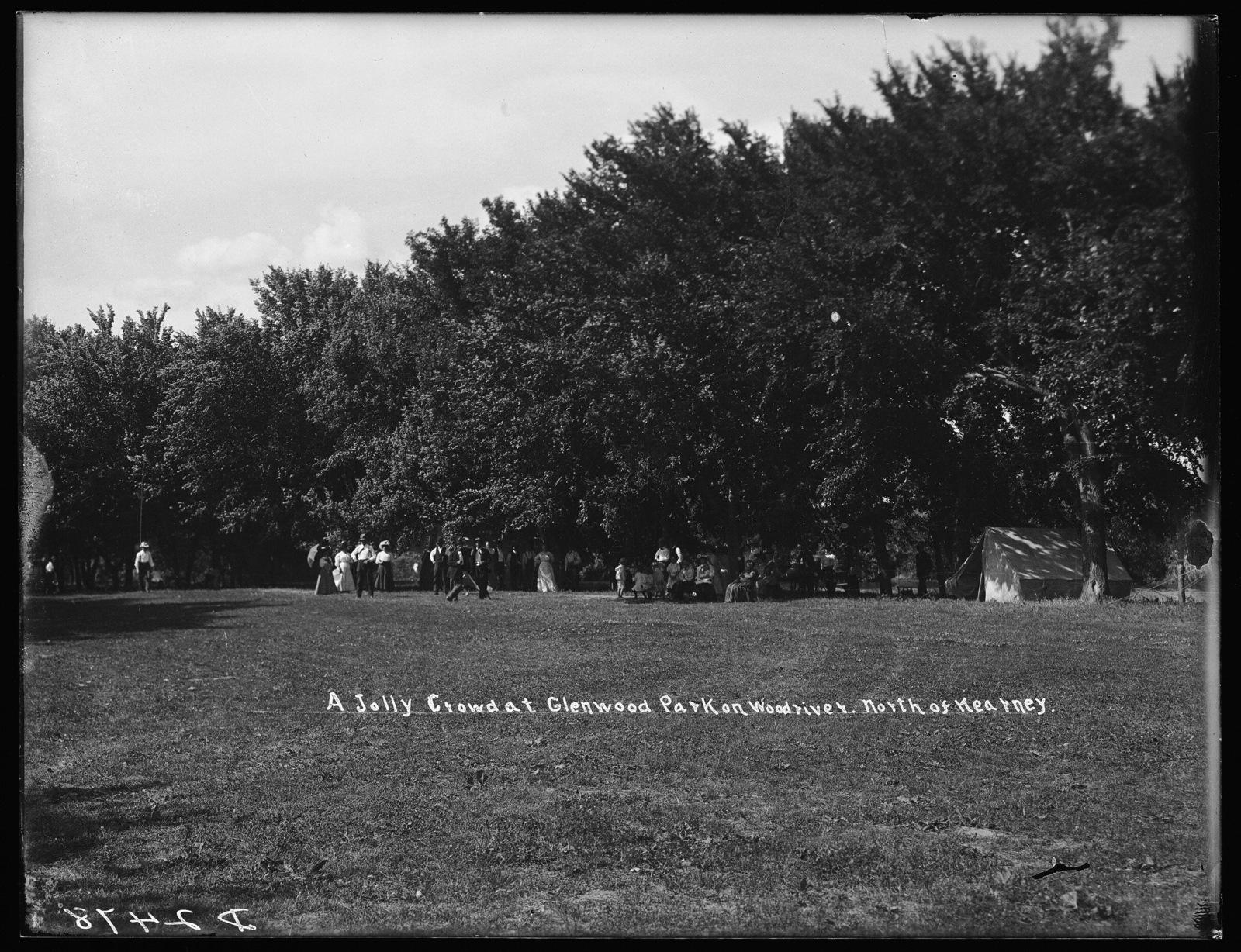A jolly crowd at Glenwood Park on the Wood River, north of Kearney, Nebraska.