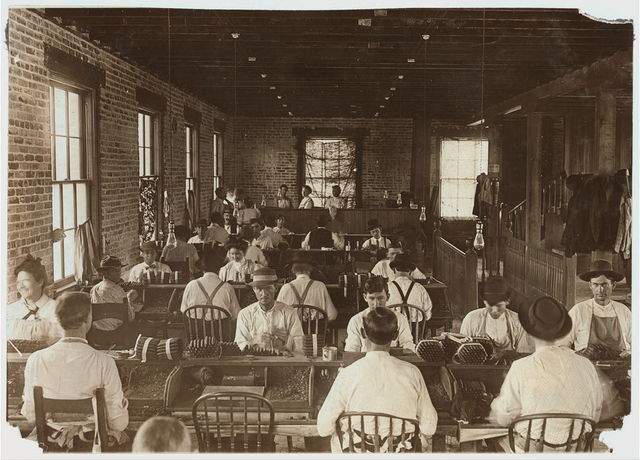 A Union Shop, Cigarmakers Tierra del Laga Cigar Co. Almost no hands under 20 years of age. (60 employees.) These are the conditions the labor organizations strive for. One third of the cigarmakers in Tampa are Union men.  Location: Tampa, Florida.